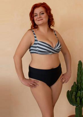 54-258 Купальник-бікіні великого розміру Twist Marsana Чорний з білим