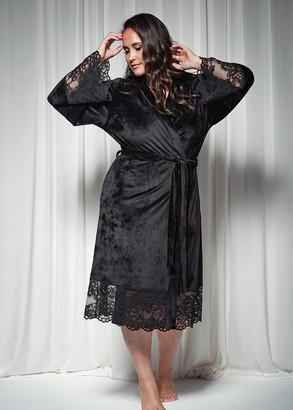 1735 Женский велюровый халат большого размера Shato Черный